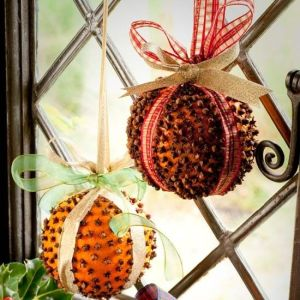 Clove studded orange decorations
